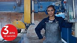 Female-working-in-stone-work-factory_portrait_business_Canon_GettyImages-675544201_1680x1120_FR-BE